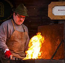 Advent of the villages blacksmith (c) Fuschlseeregion Erber
