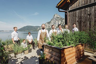 Haubenkoch lukas Nagl mit Team vom Restaurant Bootshaus