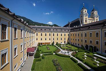 Innenhof, (c) Schlosshotel Mondsee