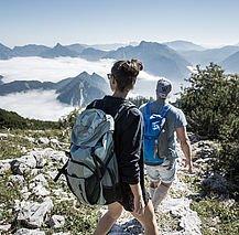 Wandern in der Region Traunsee (c) Oberösterreich Tourismus GmbH Robert Maybach
